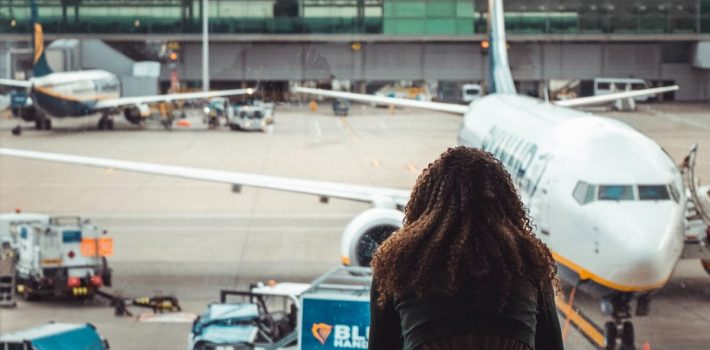 Why Should You Pre Book Your Airport Transfer
